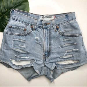 Levi's 550 Vintage DIY'd cut off Denim Shorts